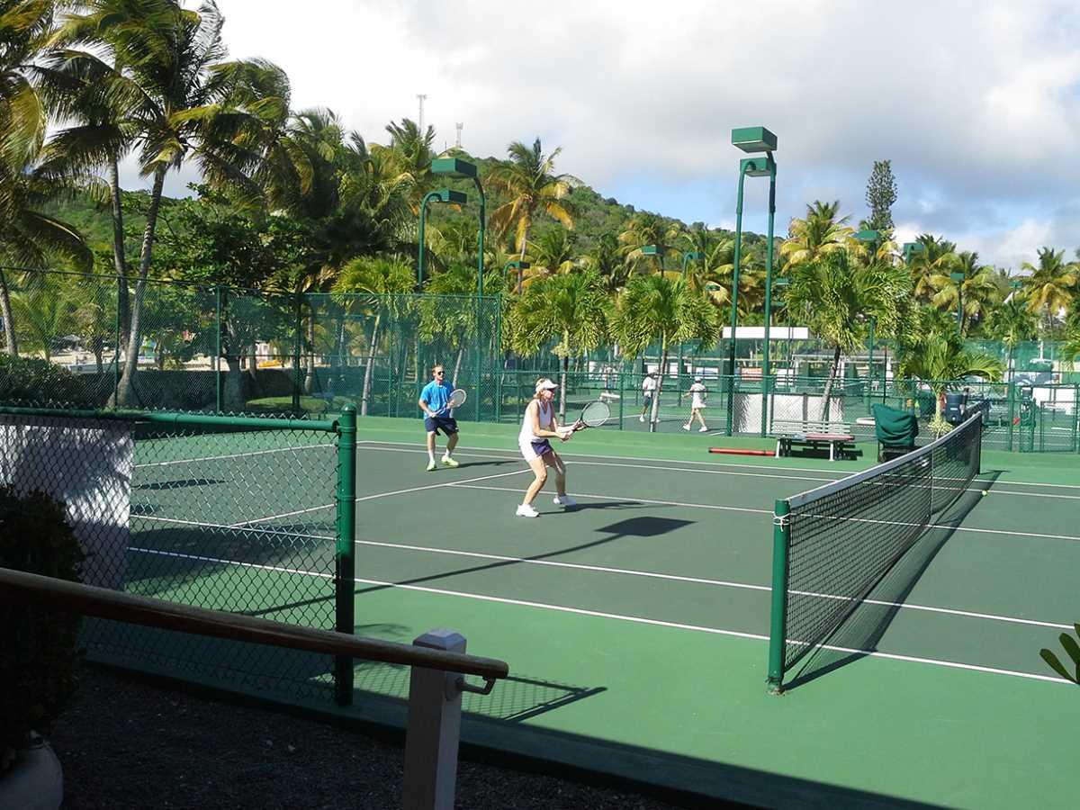 Best activity family sports holidays